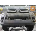Решетка радиатора Toyota Hilux 2016+