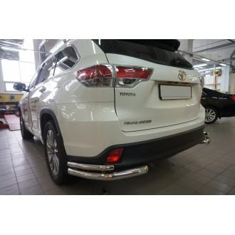 Защита заднего бампера уголки Toyota Highlander 2014+