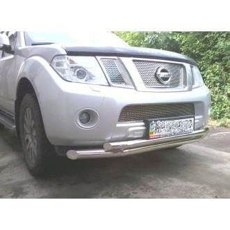 Защита переднего бампера Nissan Navara 2010+