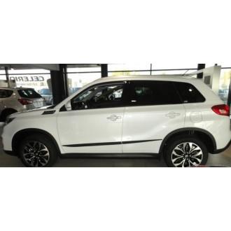 Молдинги на двери Suzuki Vitara 2017+