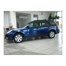 Молдинги на двери Subaru Outback