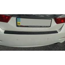 Пластиковая накладка на задний бампер Тойота Камри 50 2011+