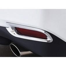 Хром на задние туманки Toyota Camry 2018+