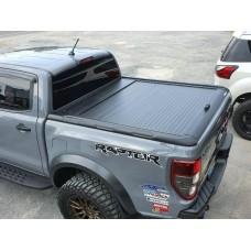 Ролета черная Toyota Hilux 2020+