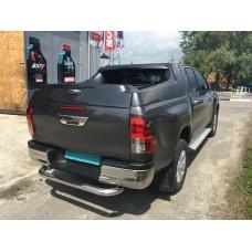 Защита заднего бампера Toyota Hilux 2016+