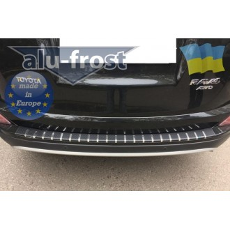 Накладка на задний бампер СARBON Тойота Рав4 2016-2017+